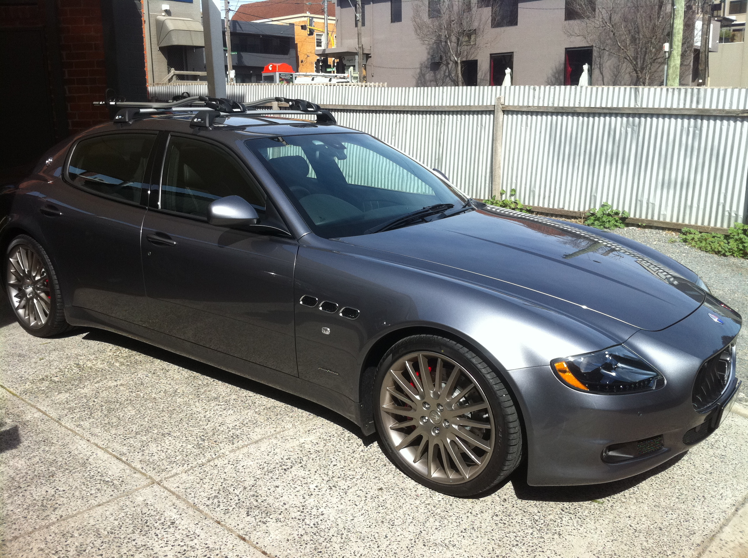 Maserati Quattroporte With Roof Racks Roof Carrier Systems